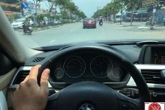 BMW-320i-2012-len-cua-hit_4